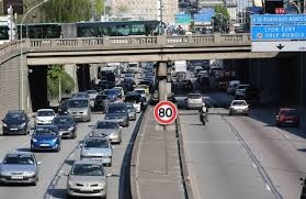 Conduite au ralenti autour de Paris