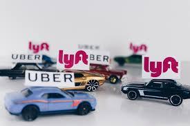 Les start-ups Uber et Lyft font la course pour entrer en bourse