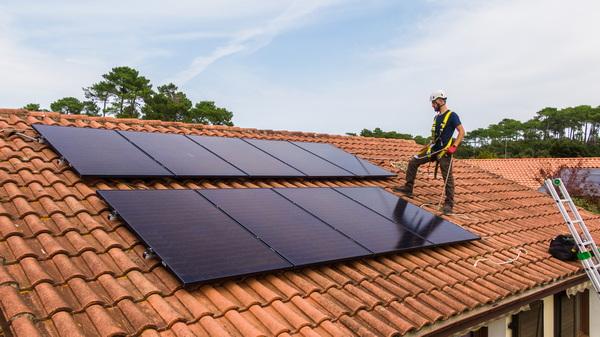 Effy facilite et  généralise l'accès du photovoltaïque pour les maisons individuelles