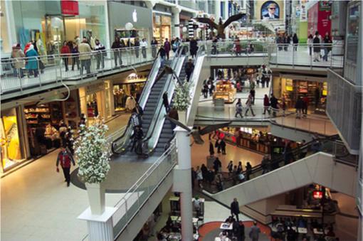 Trop de centres commerciaux en France ?