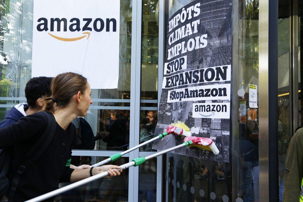 Amazon annonce un recrutement en masse face aux booms de commandes