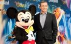 Walt Disney fait des investissements dans la vidéo en ligne tout en battant le consensus